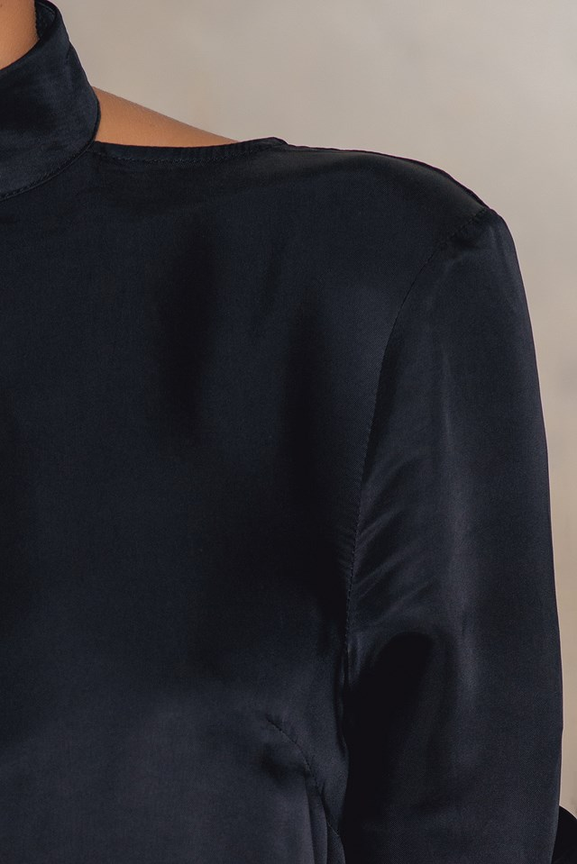 High Neck V-Back Blouse Black