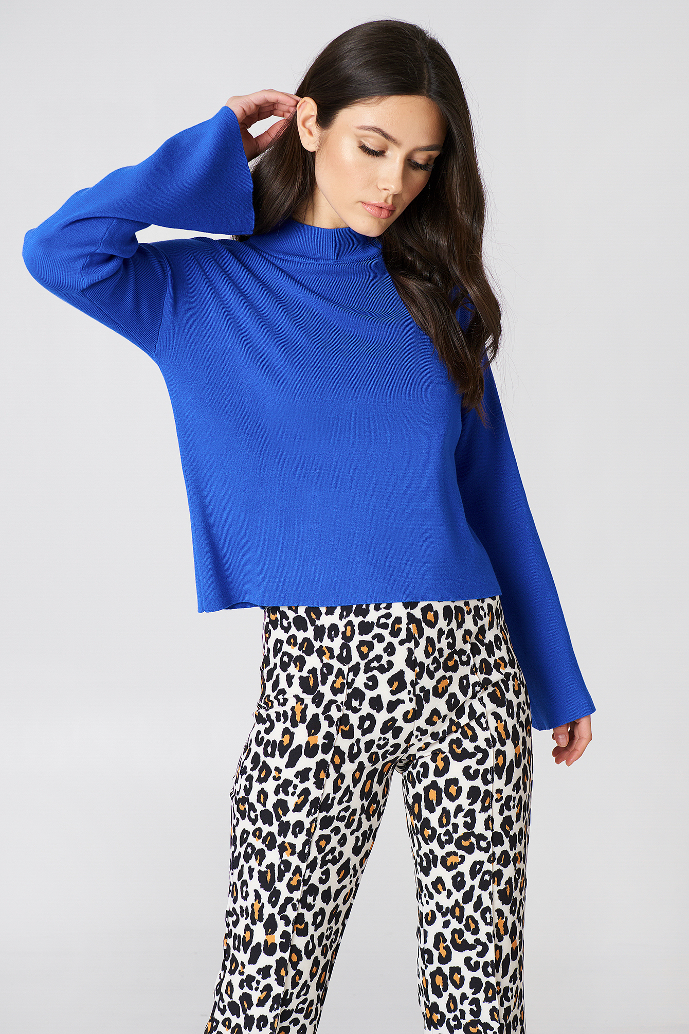 na-kd -  High Neck Wide Sleeve sweater - Blue