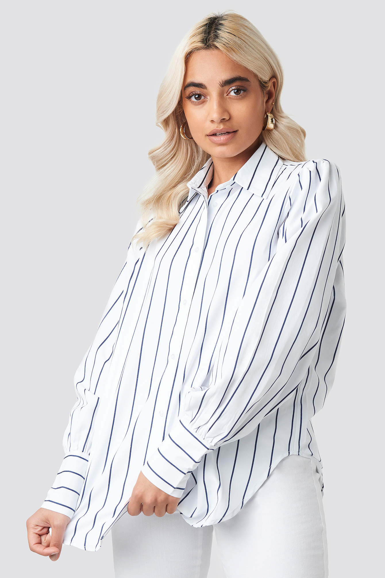 NA-KD | NA-KD Classic High Slit Oversized Striped Shirt - White | Goxip