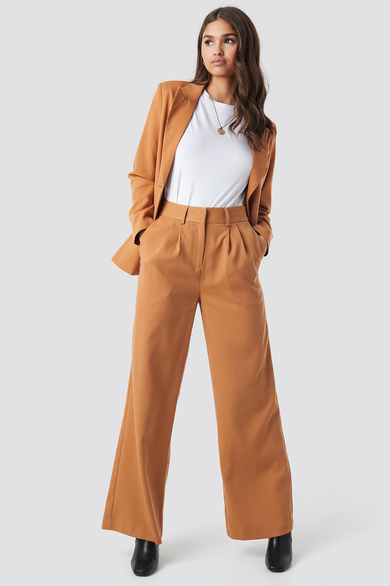 na-kd classic -  High Waist Flared Suit Pants - Brown,Orange