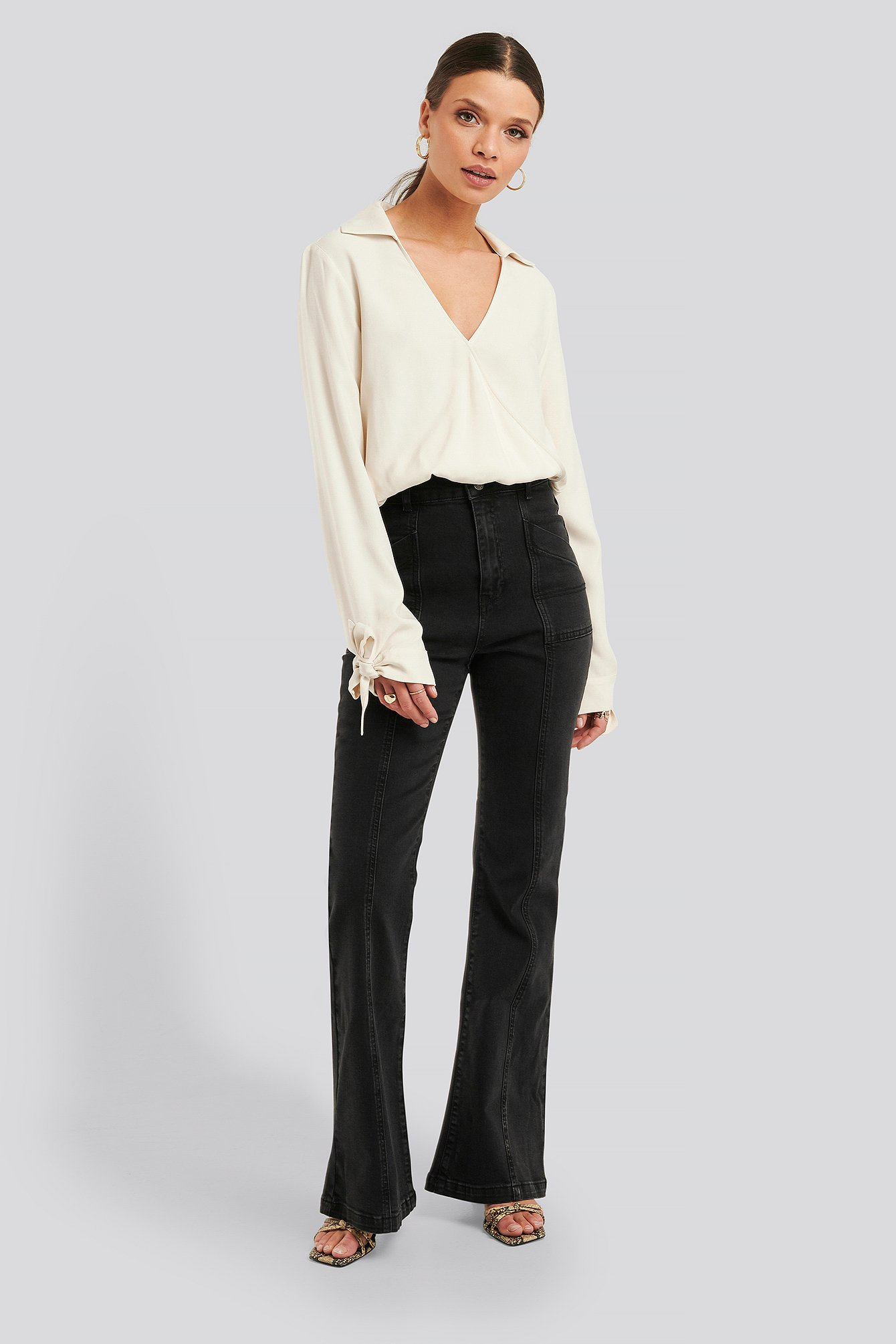 na-kd trend -  High Waist Front Seam Flare Jeans - Grey