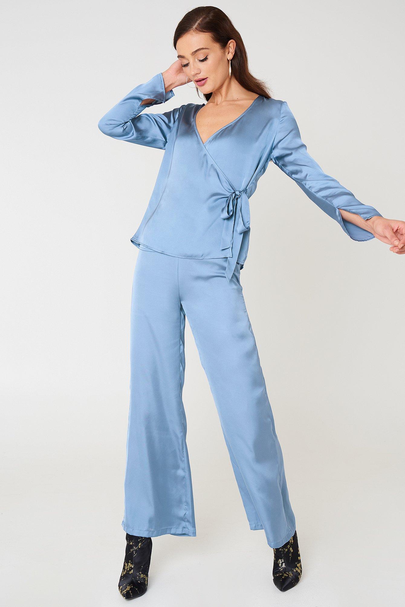 bb0a8a8125 High Waist Wide Satin Pants Blue | na-kd.com