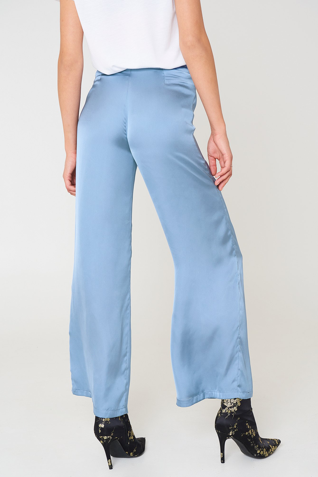 High Waist Wide Satin Pants NA-KD.COM