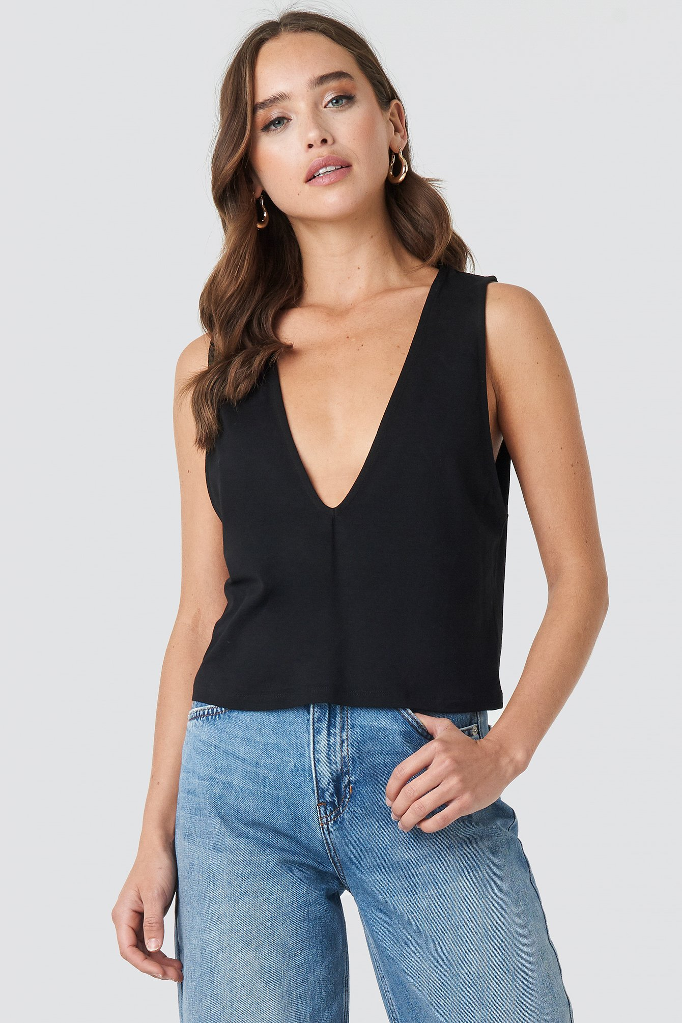 Hannah Whiting Deep Front Top NA-KD.COM