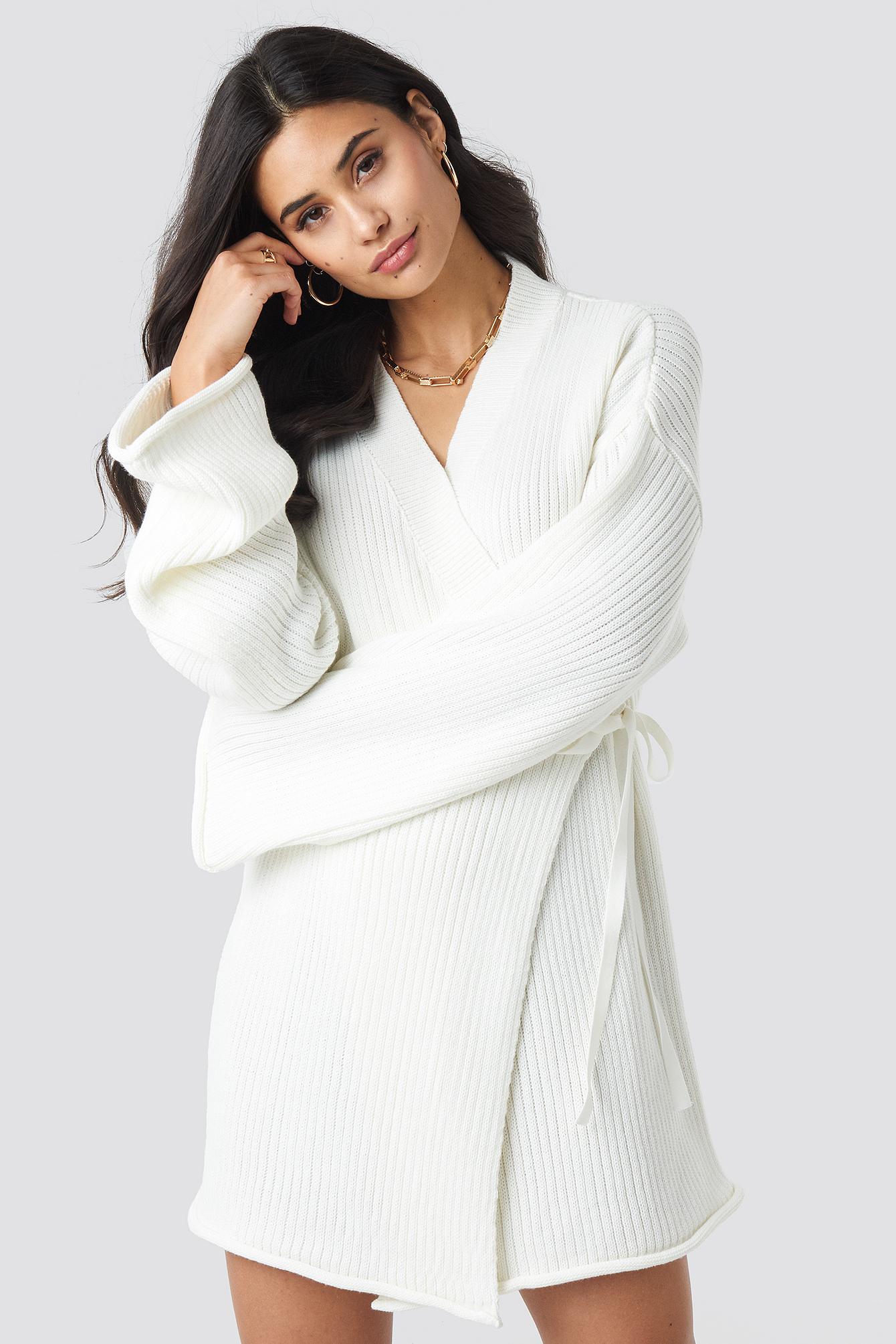 iva nikolina x na-kd -  Overlap Knitted Dress - White