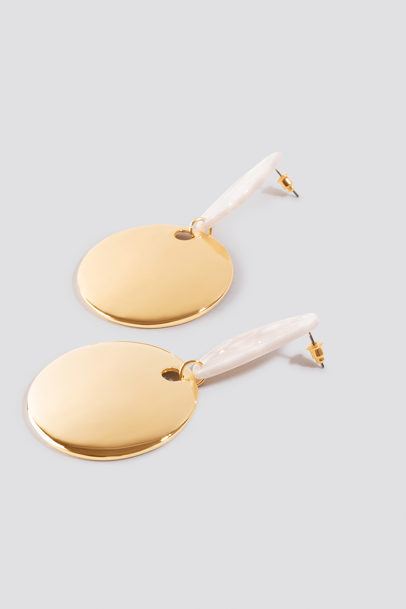Ivory Stud Drop Plate Earrings NA-KD.COM
