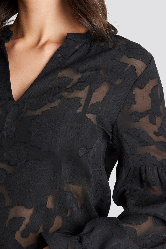 Jacquard Flower Applique Blouse Black