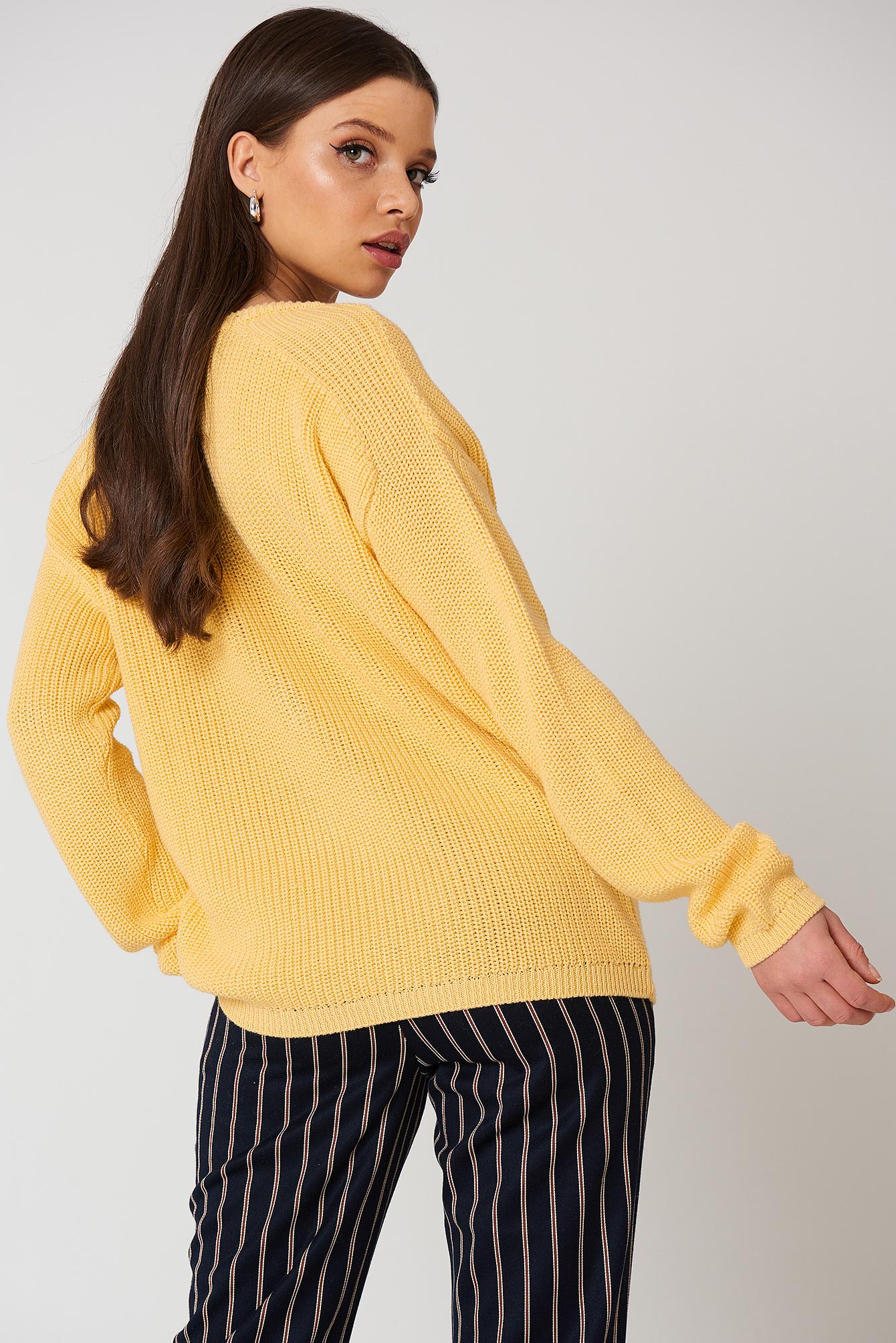 Sweter z głębokim dekoltem V NA-KD.COM