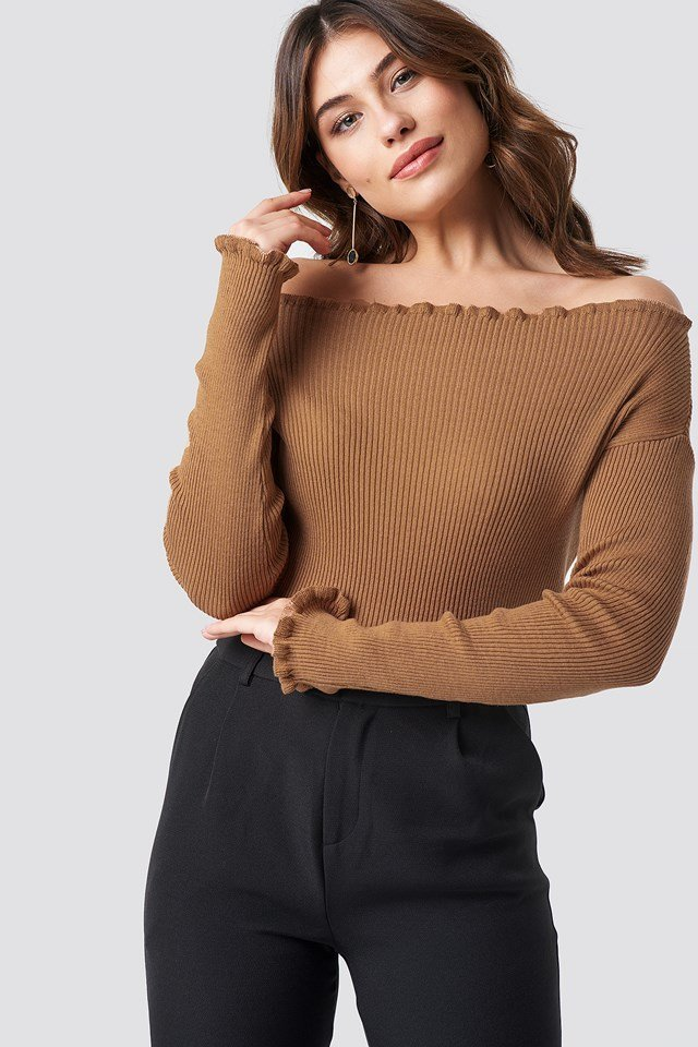 Knitted Frill Off Shoulder Sweater NA-KD