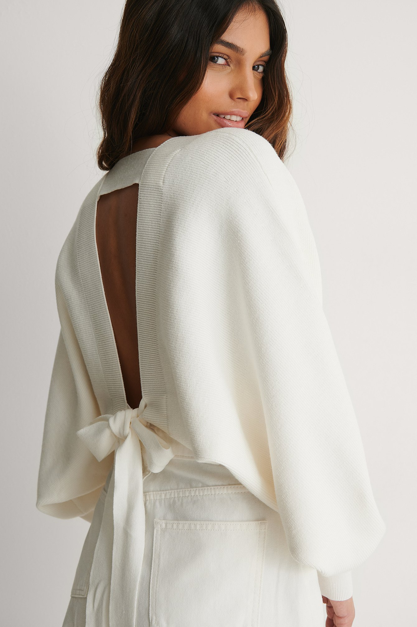 Offwhite Knot Detail Knitted Bolero