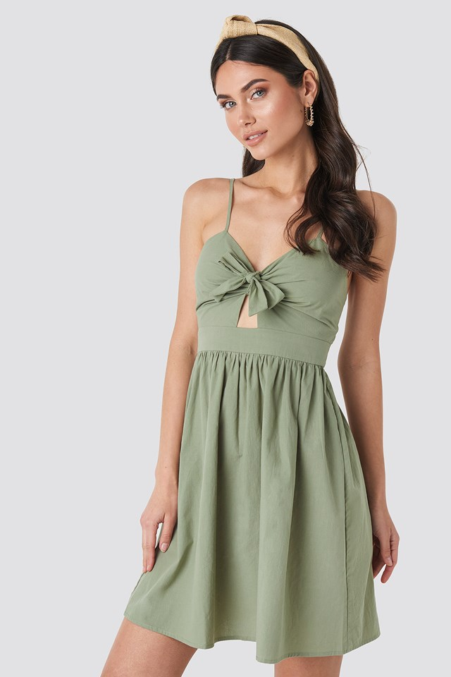 Knot Front Cut Out Dress NA-KD.COM
