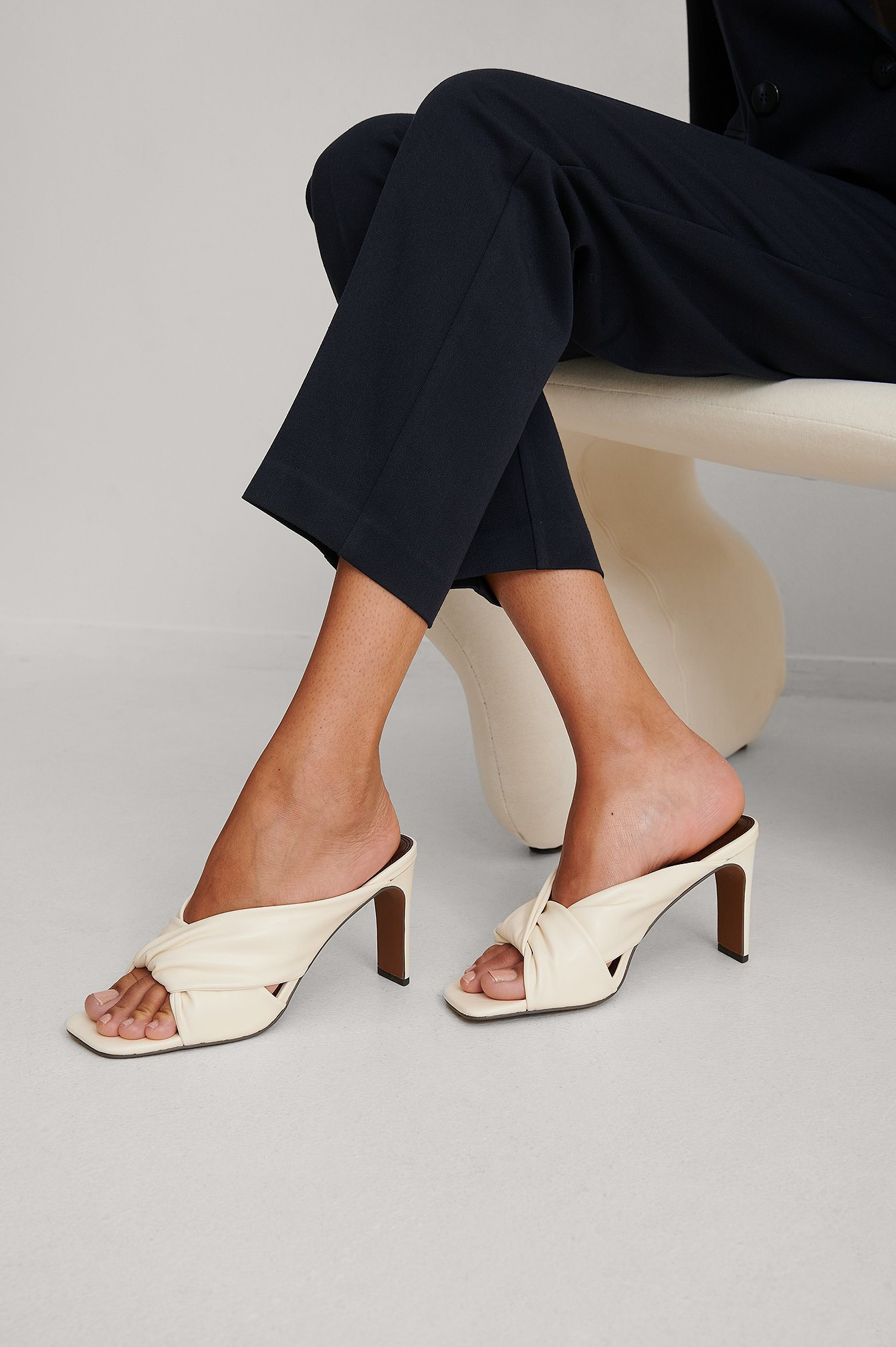 Dark Brown/White Knotted Mules