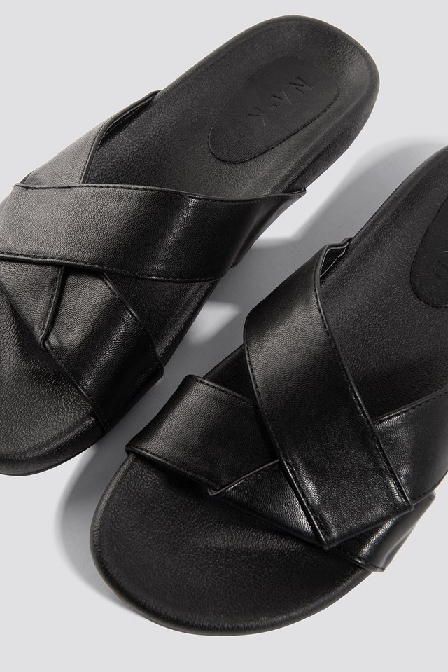Knotted PU Slippers Black