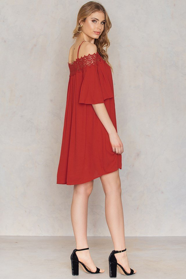 Lace Neckline Dress Red