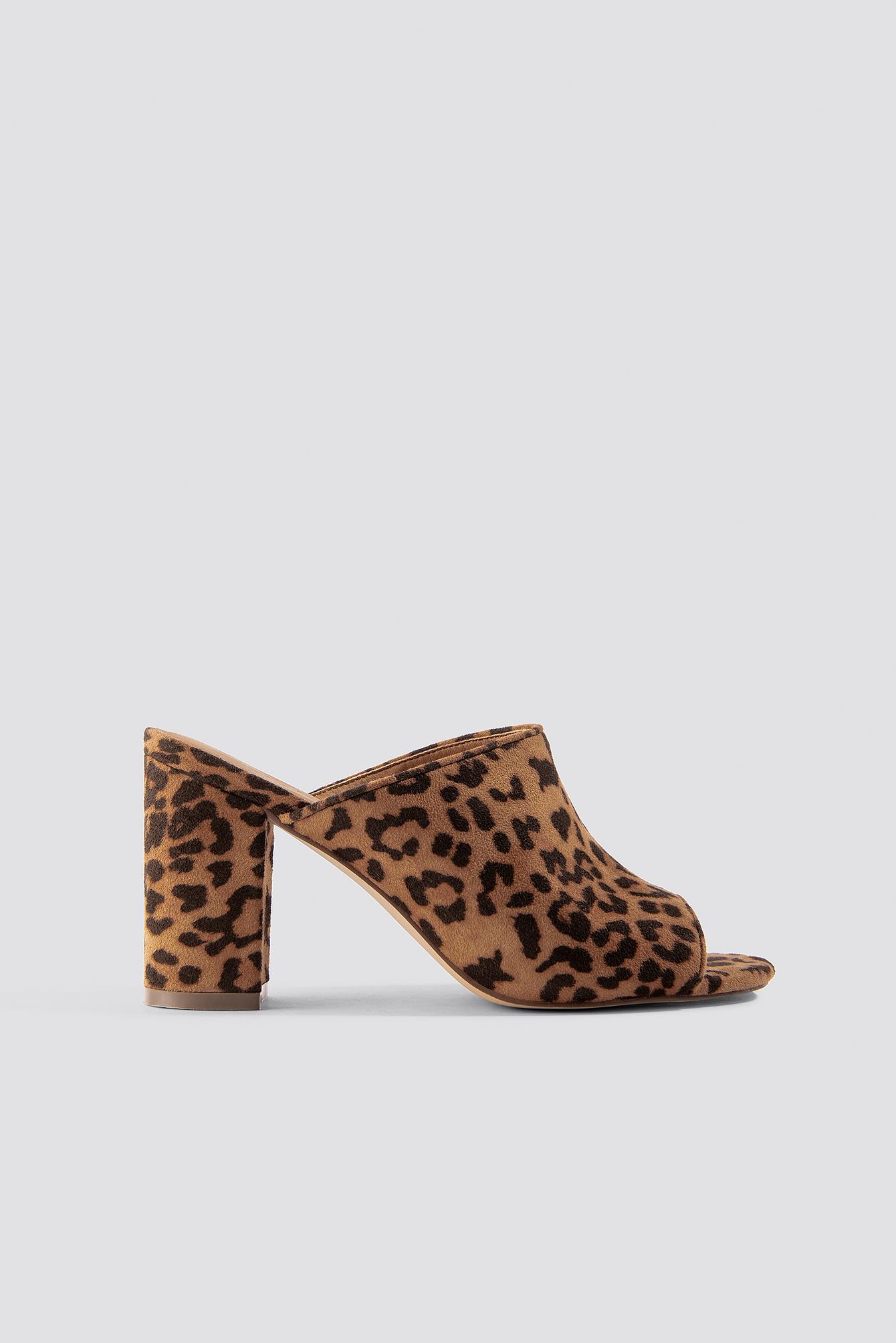 na-kd shoes -  Leopard Block Heel Mules - Brown