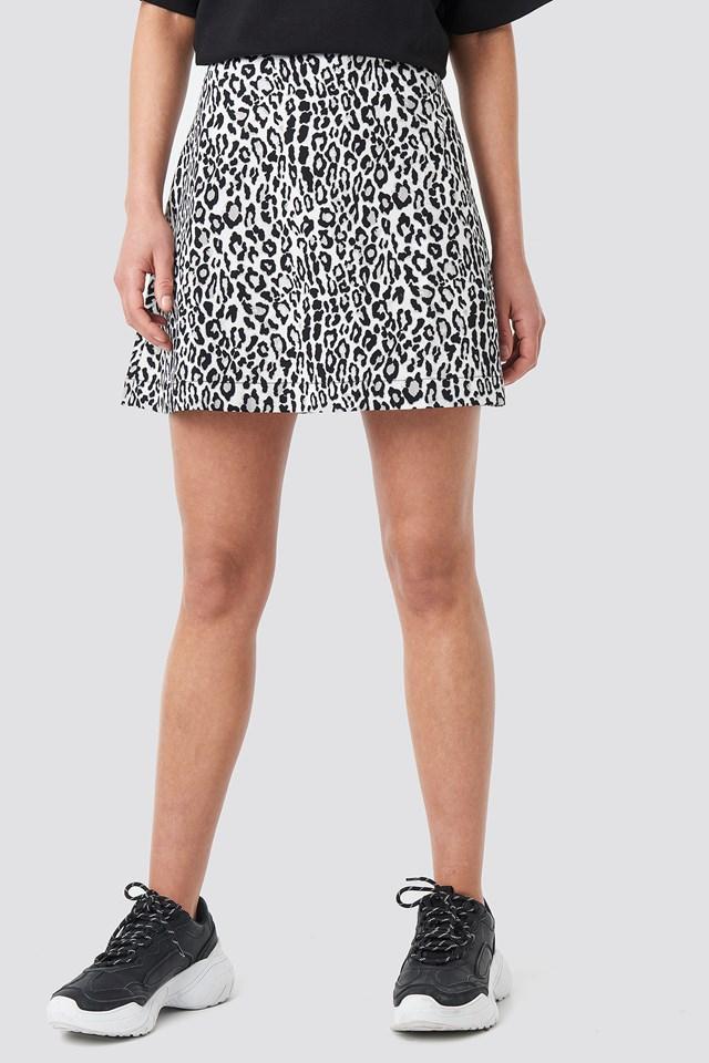 Leopard Print Mini Skirt BLACK  WHITE LEO