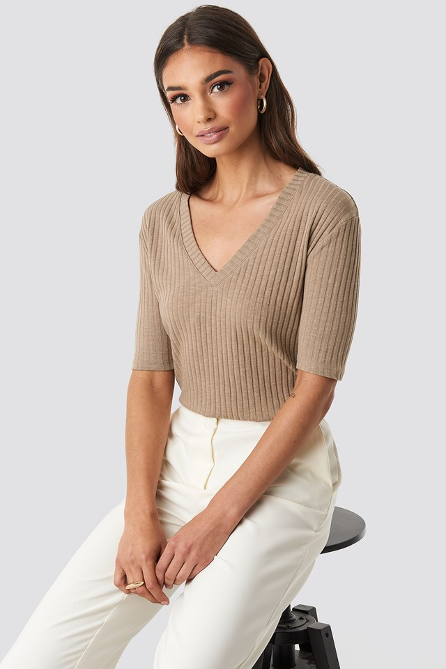 Light Knit V Front Sweater NA-KD Trend