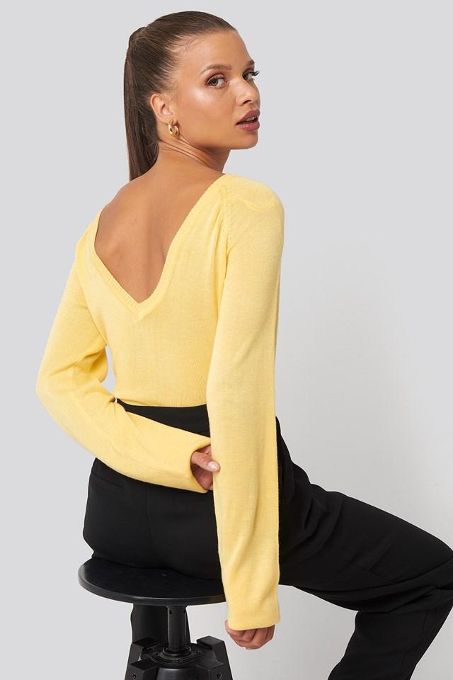 Light Knitted Back V-neck Sweater Light Yellow