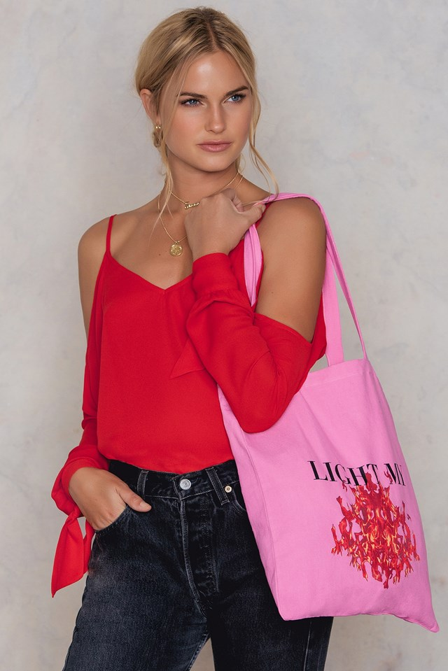 Light My Fire Tote Bag Pink
