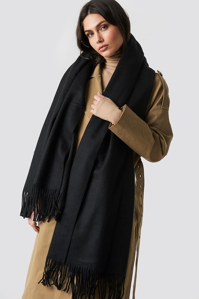 Light Wool Blend Scarf Black
