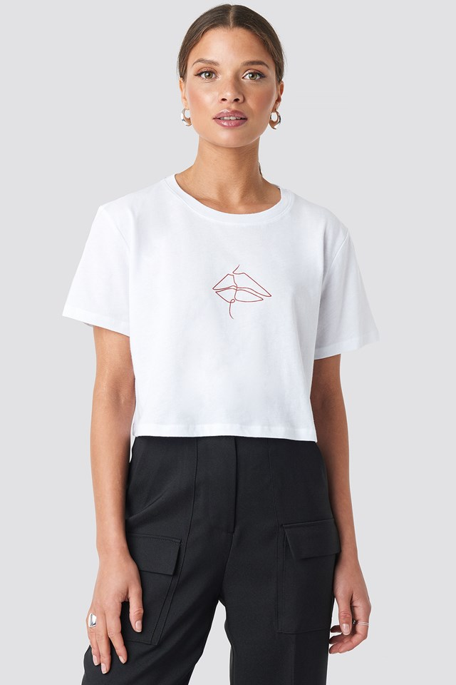 Lip Cropped Tee White/Red