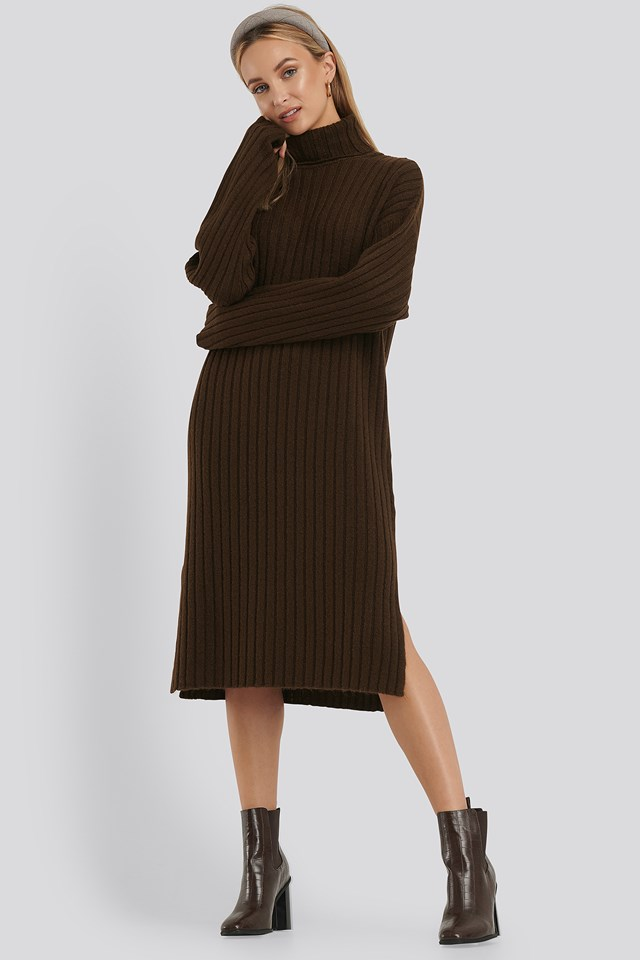 Long Rib Knitted Polo Dress Brown