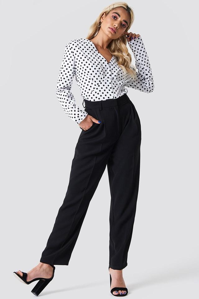 Long Sleeve Buttoned Blouse White/Black Dot