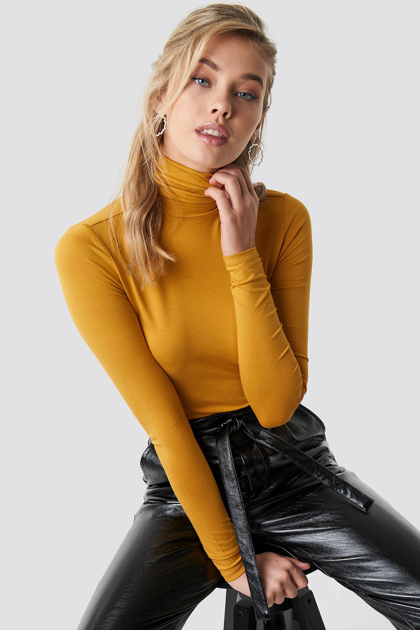 na-kd basic -  Viscose Long Sleeve Polo Top - Yellow