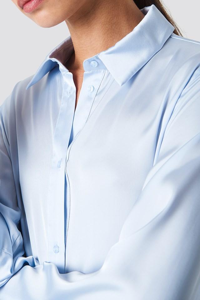 Satynowa koszula z długim rękawem NA-KD.COM