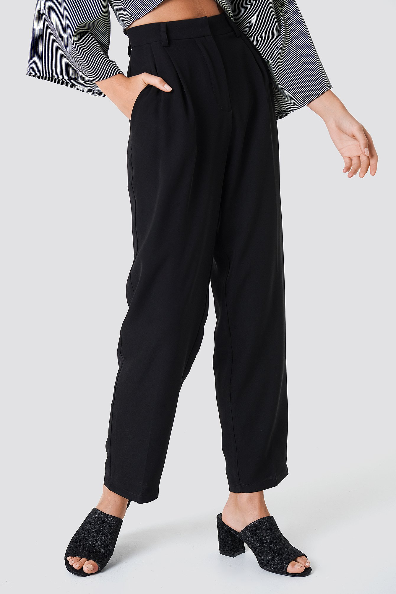 Loose Fit Suit Pants NA-KD.COM