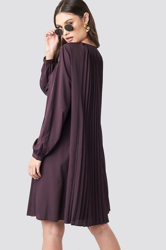 LS Pleated Midi Dress Plum