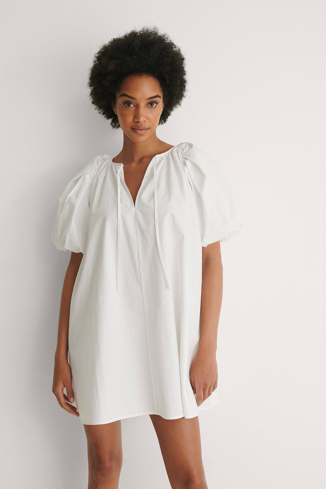 White Maxi Volume Mini Cotton Dress