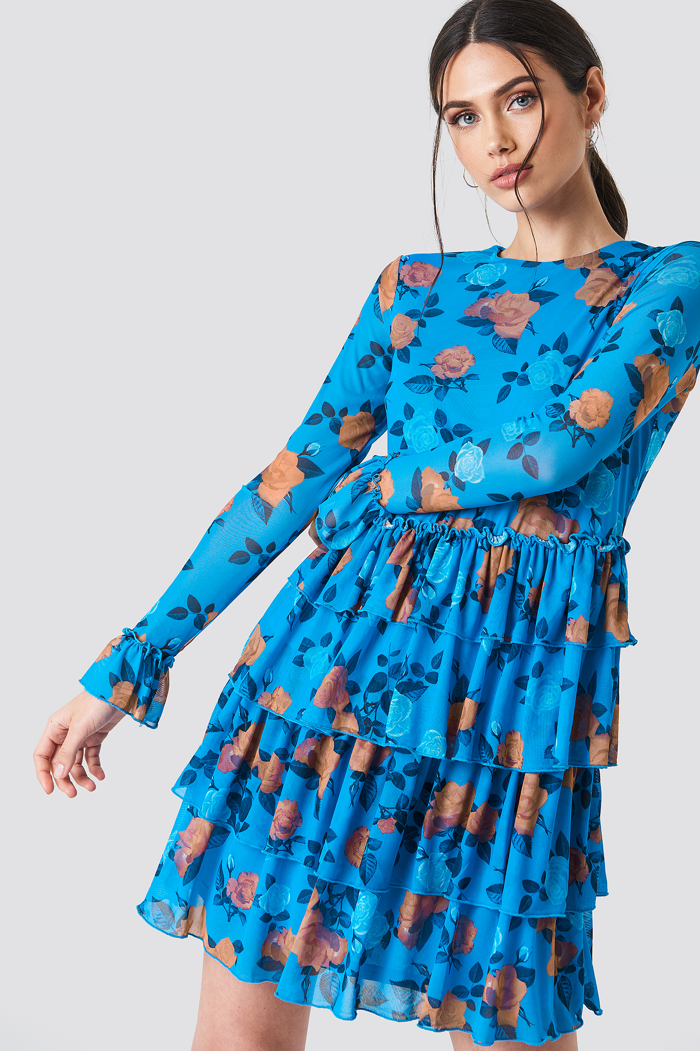 boutique NA-KD Mesh Flounce Short Dress Style De Mode Pas Cher L'offre De Réduction La Sortie En Vogue FlJOF