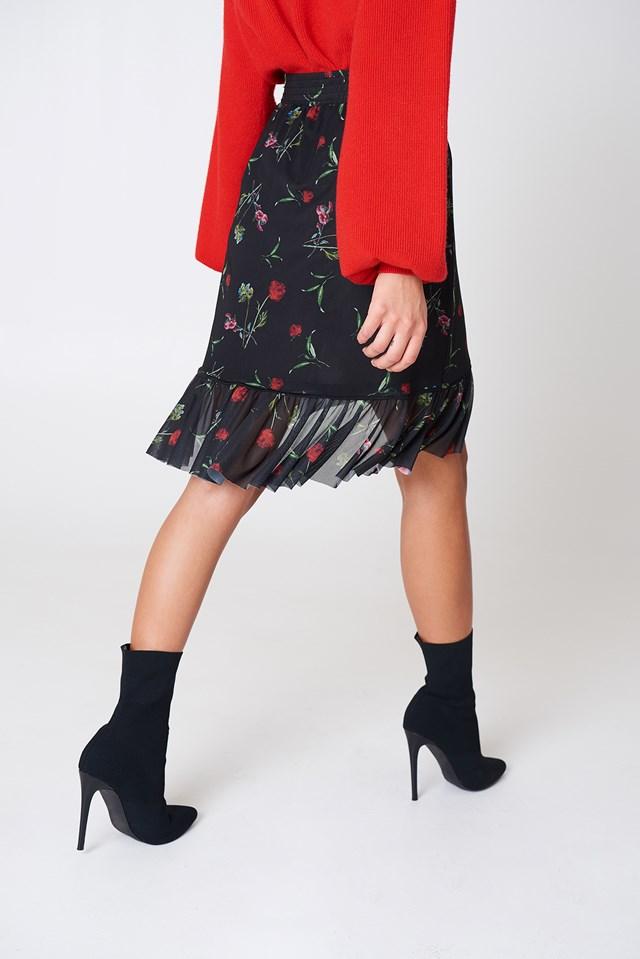 Mesh Overlap Mini Skirt Black Flower