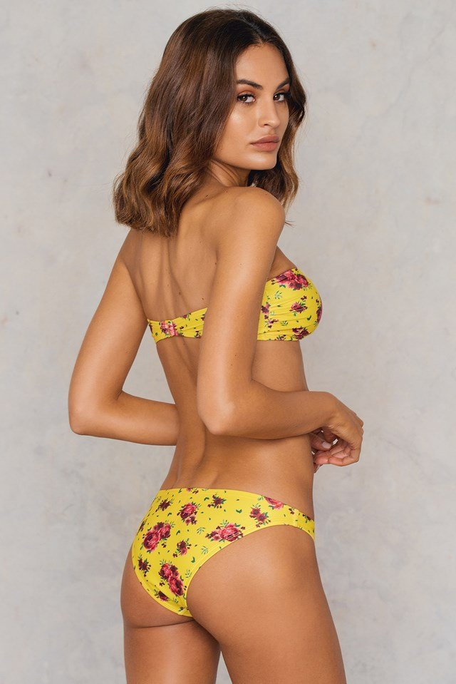 Metal Loop Bandeau Bikini Yellow Flower