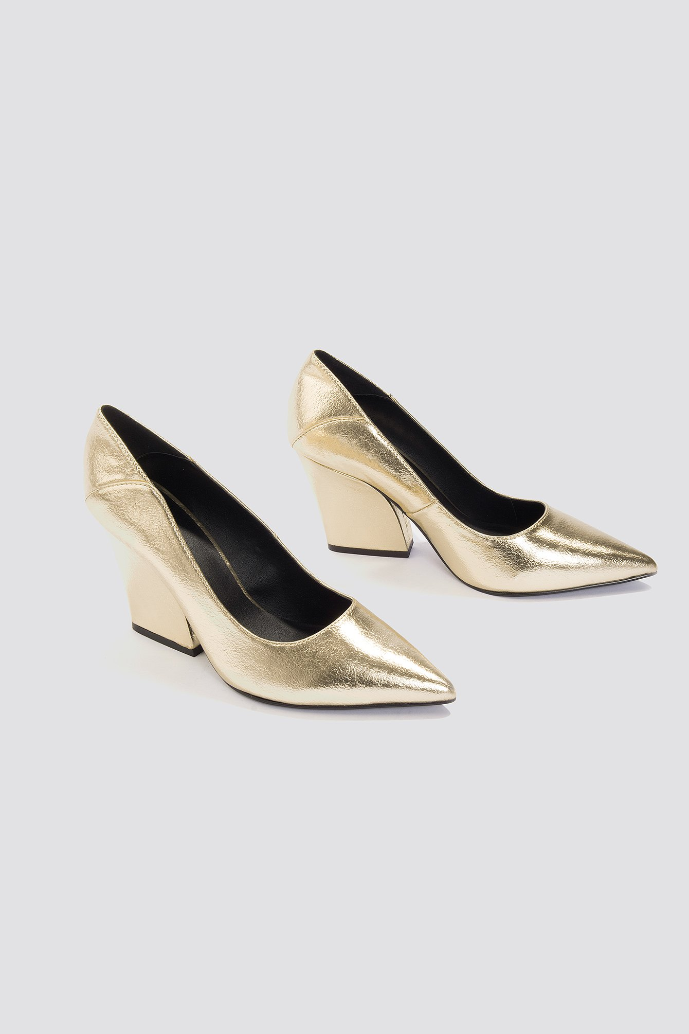 NA-KD Metallic Pointy Heels
