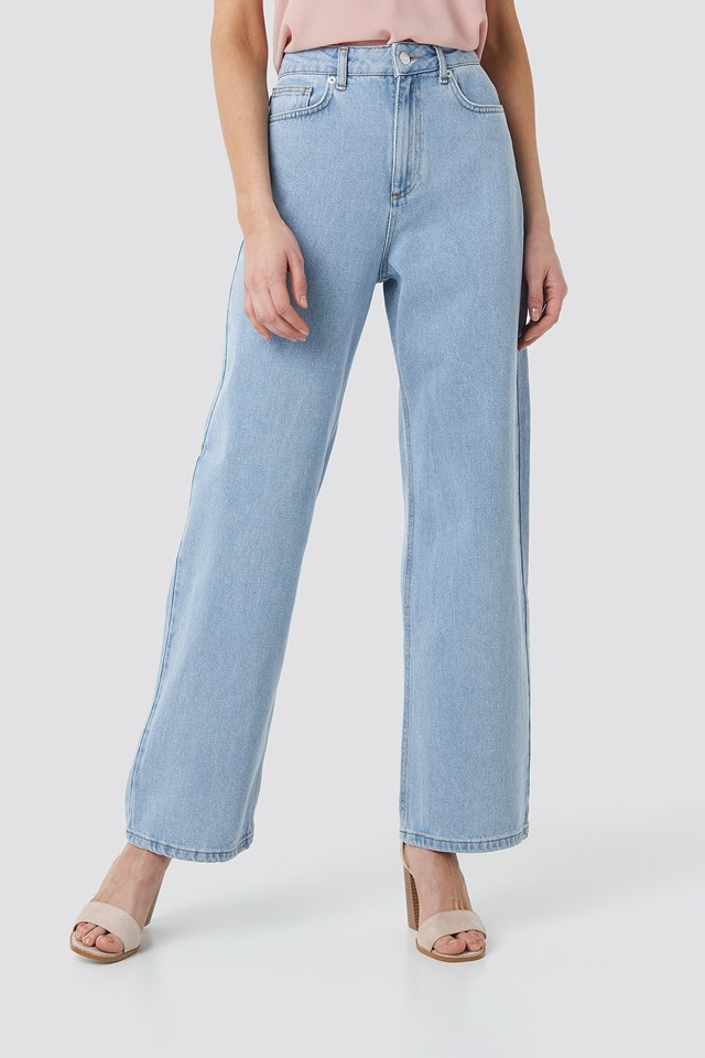 Mid Rise Relaxed Jeans Light Blue