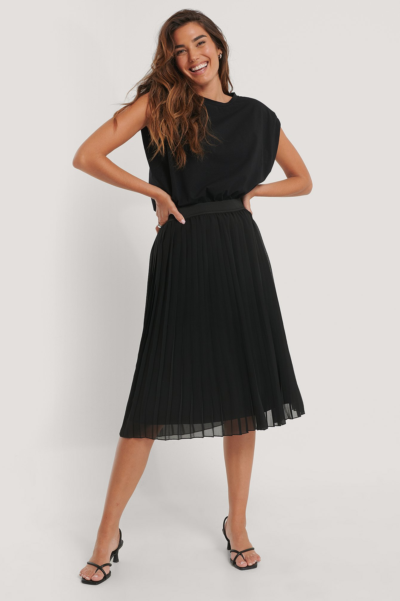 Black Midi Pleated Skirt