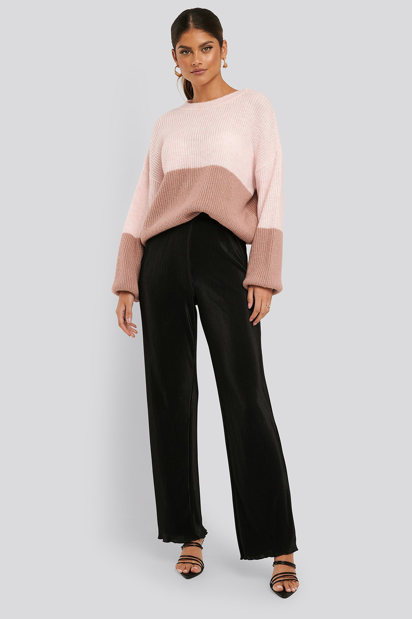 na-kd trend -  Mini Pleated Babylock Pants - Black