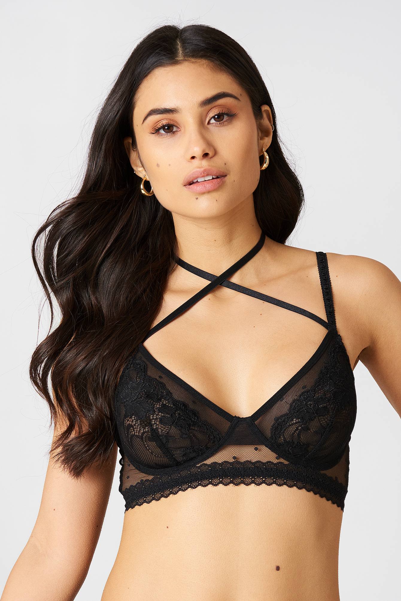 Mixed Lace Cross Strap Bra NA-KD.COM
