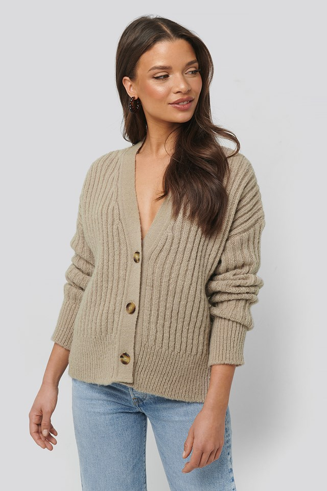 Mohair Blend Chunky Cropped Cardigan Beige