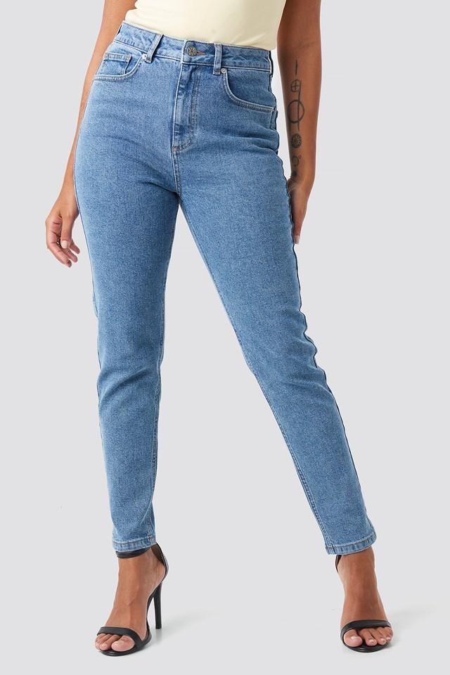 Mom Jeans Light Mid Wash