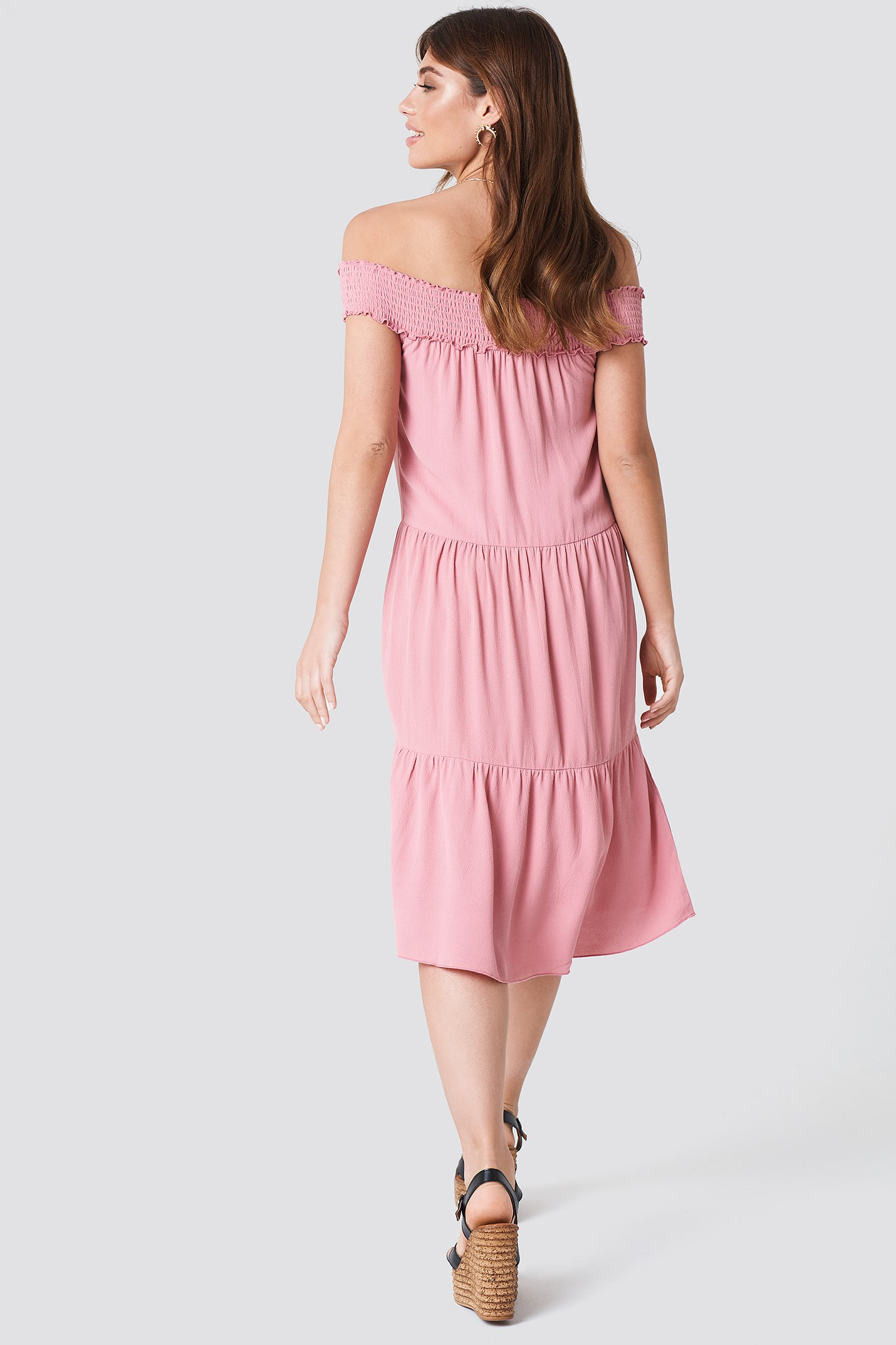 Off Shoulder Crepe Midi Dress NA-KD.COM