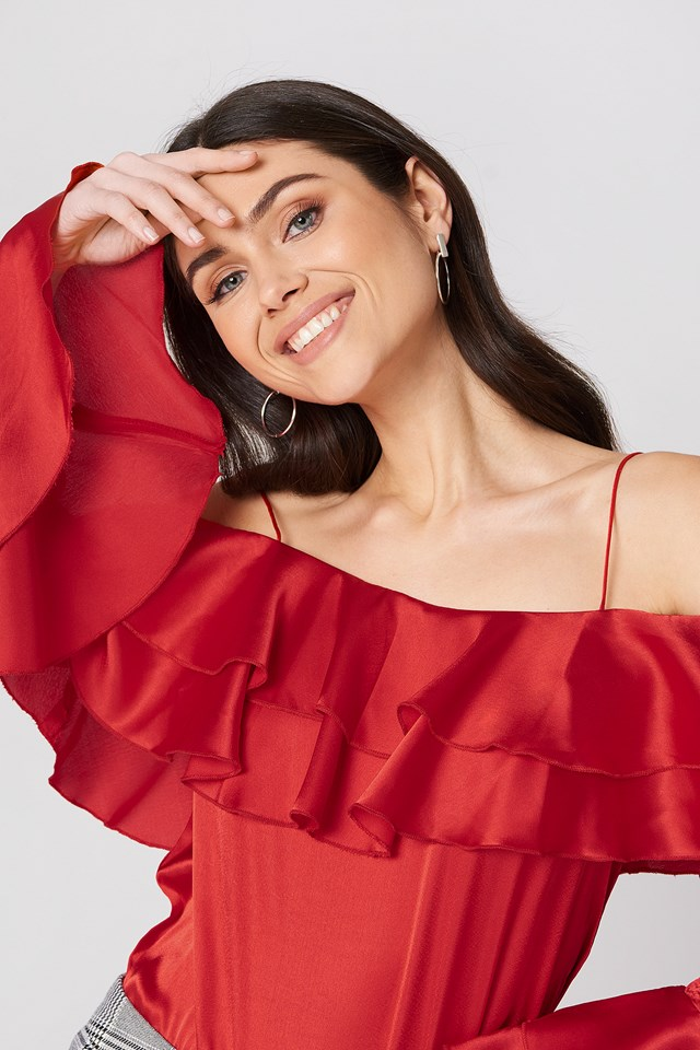 Off Shoulder Double Flounce Top Red
