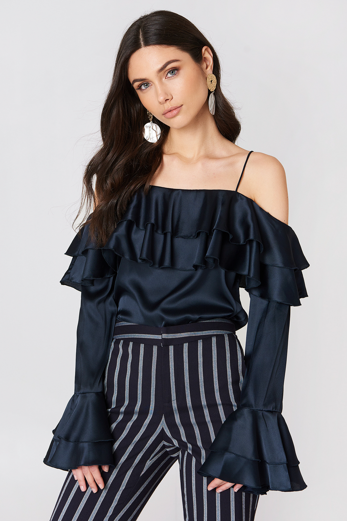 Off Shoulder Double Flounce Top NA-KD.COM