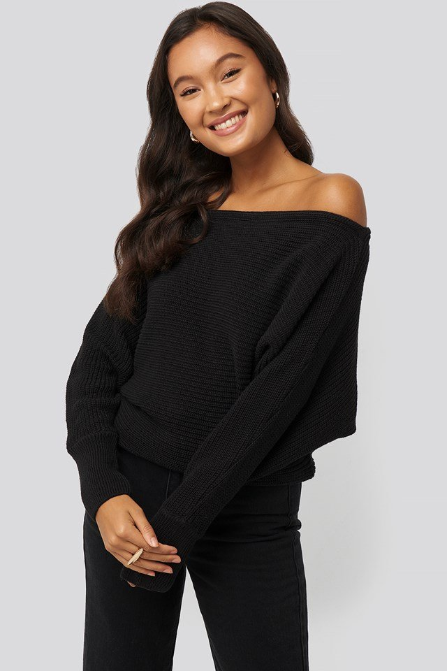 Off Shoulder Knitted Sweater Black