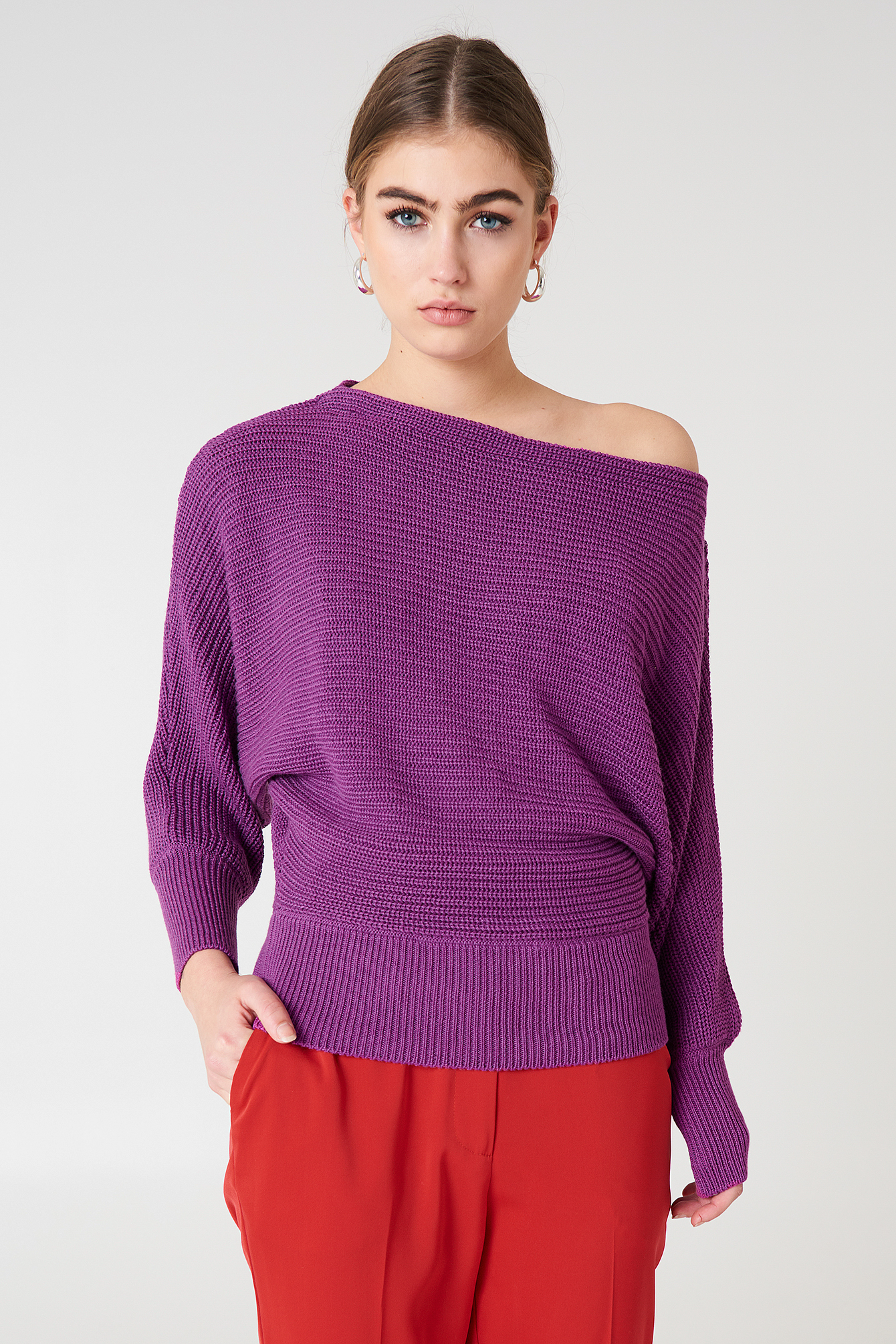 OFF SHOULDER KNITTED SWEATER - PURPLE