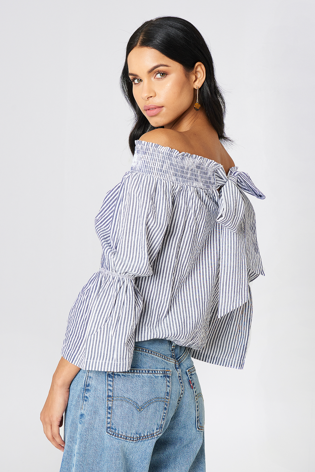 na-kd boho -  Off Shoulder Knot Back Top - Blue
