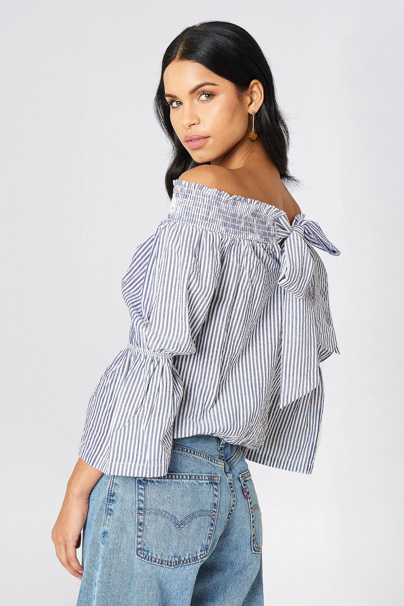 Off Shoulder Knot Back Top NA-KD.COM