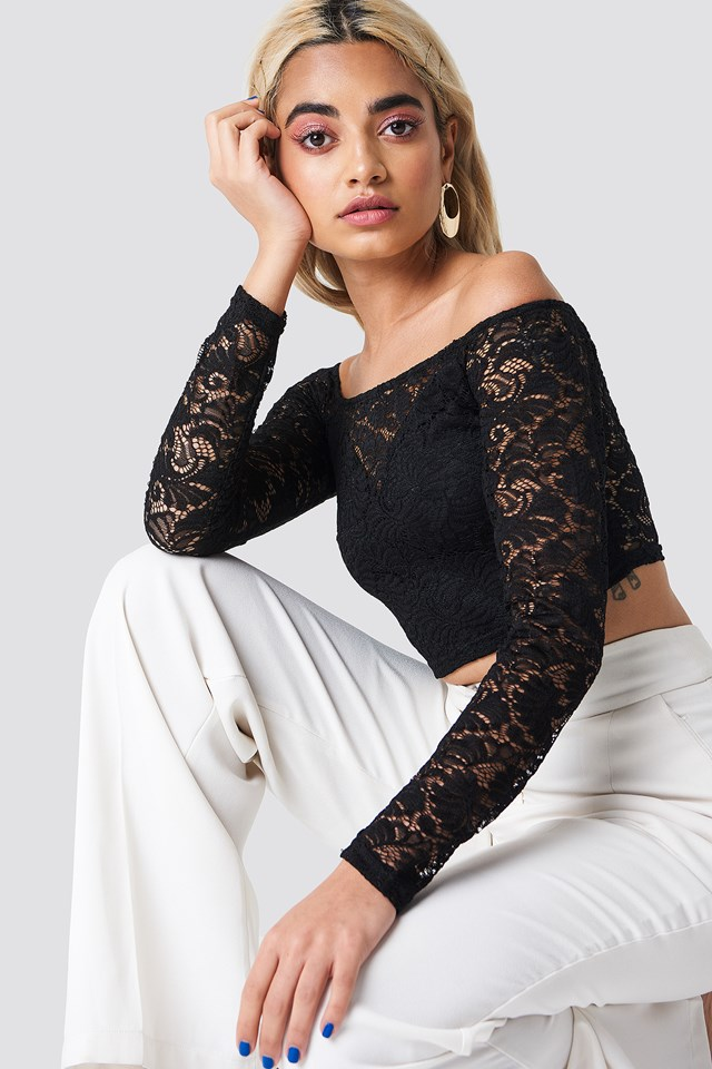 Off Shoulder Lace Top NA-KD Party